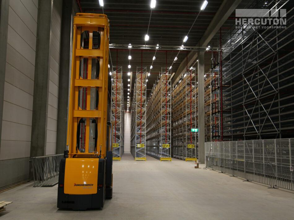 Nieuwbouw distributiecentrum Wehkamp Zwolle - magazijnruimte