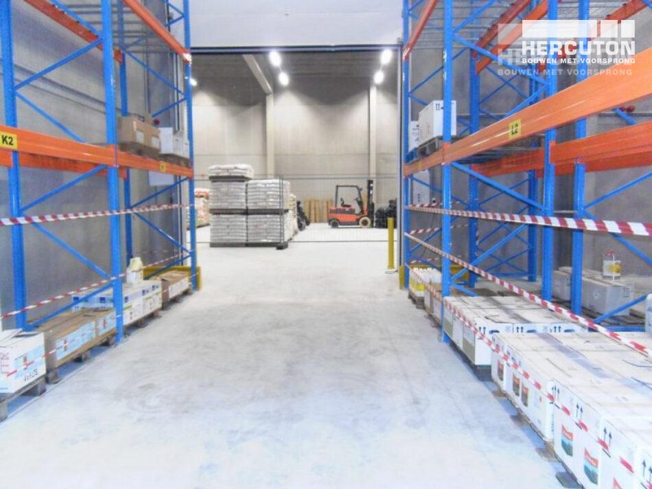 Hercuton b.v. heeft voor AgroBuren uit Tiel een nieuwe opslagruimte mogen bouwen speciaal voor gevaarlijke stoffen.
