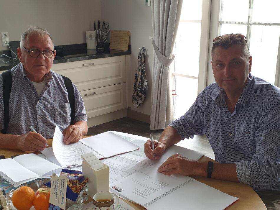 Ondertekening contract nieuwbouw Bert Lievaart