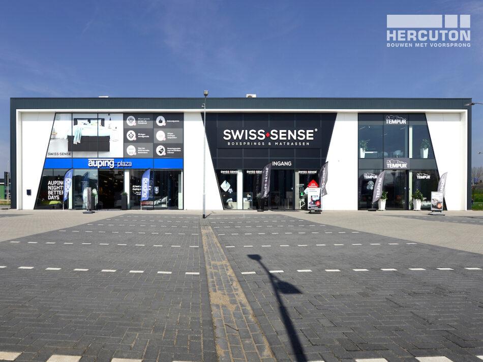 Hercuton bouwt bedrijfsverzamelgebouw met 3 beddenwinkels in Duiven
