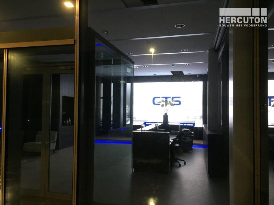 Nieuwbouw kantoor en showroom met magazijn Nedelko en CTS Nederland