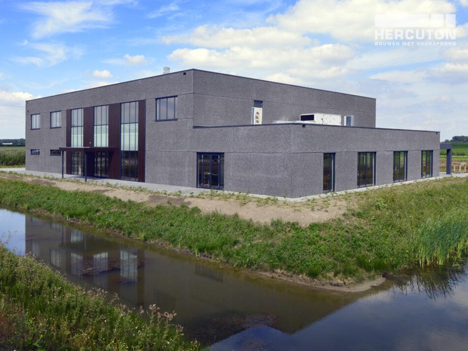 Turn-key nieuwbouw Crematorium Hoeksche Waard gerealiseerd door Hercuton
