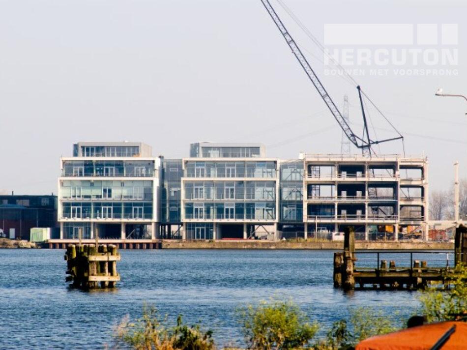 Nieuwbouw vier kantoorruimtes Cruquiuskwartier uitgevoerd in loft architectuur - bouwfase