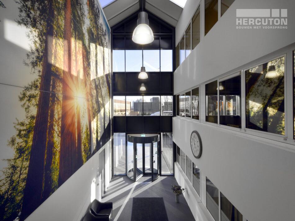 Productie- en opslagruimte met kantoor De Oliebron, Hercuton b.v.