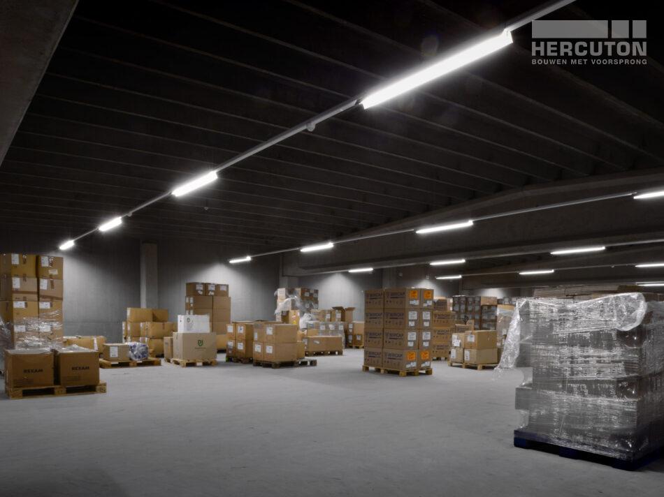 Nieuwbouw productie- en opslagruimte met kantoor De Oliebron, Hercuton b.v.