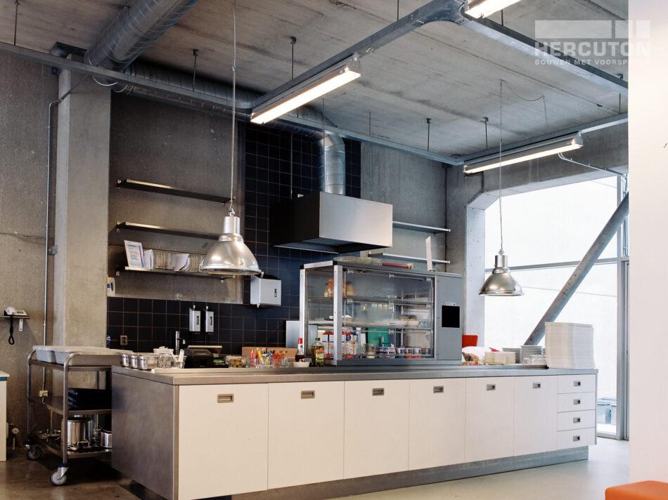 Voor Dedato Ontwerpers & Architecten realiseerde Hercuton hun nieuwe kantoorpand aan de Danzigerbocht in Amsterdam.