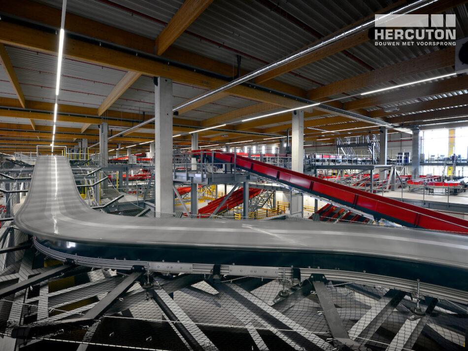 Hercuton bouw grootste e-commerce sorteercentrum van Nederland voor DHL in Zaltbommel