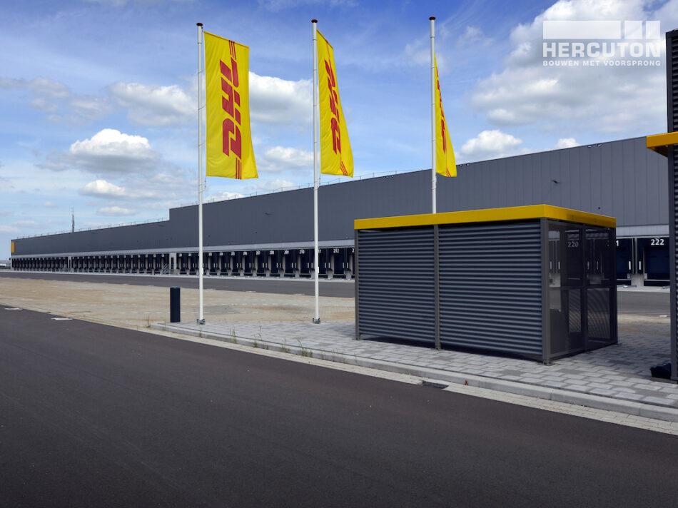 Hercuton bouw grootste e-commerce sorteercentrum van Nederland voor DHL in Zaltbommel op bedrijvenpark De Wildeman
