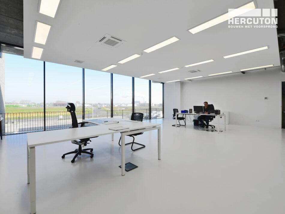 Hercuton realiseert nieuwbouw bedrijfshal met kantoor Donghua International