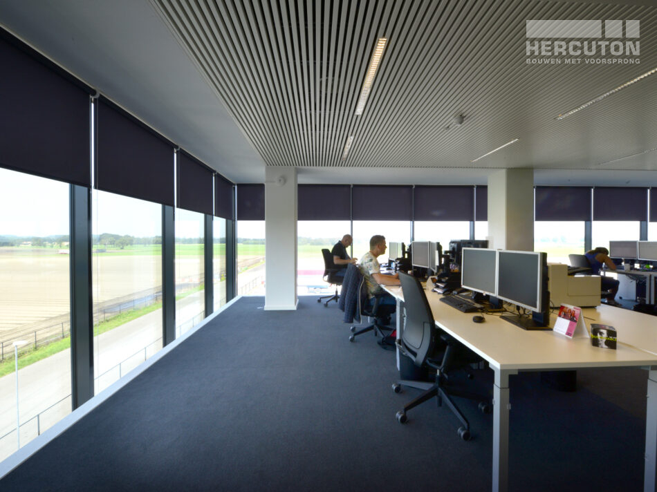 Turn-key nieuwbouw bedrijfspand ECS Venlo - kantoor