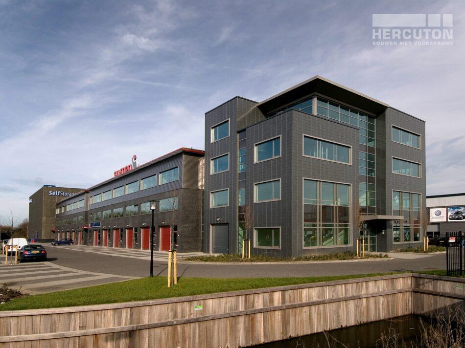 Bedrijfsverzamelgebouw Eurobox in Noordwijk bevat naast verschillende kantoorunits ook opslagruimte en een fitnesscentrum.
