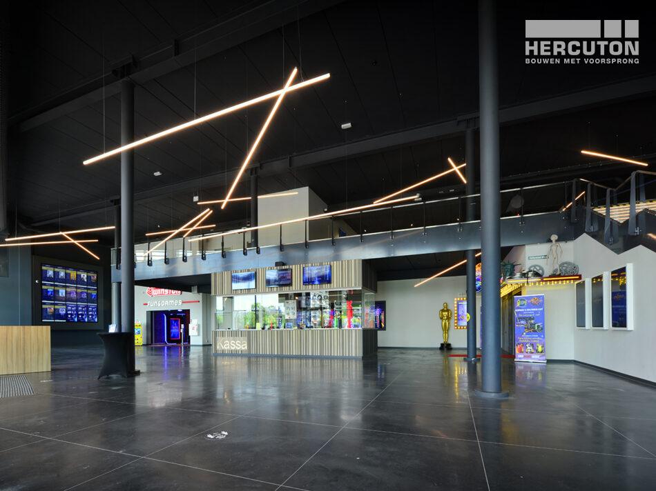 Nieuwbouw Euroscoop Cinema- & Leisurecomplex Amsterdam-Noord