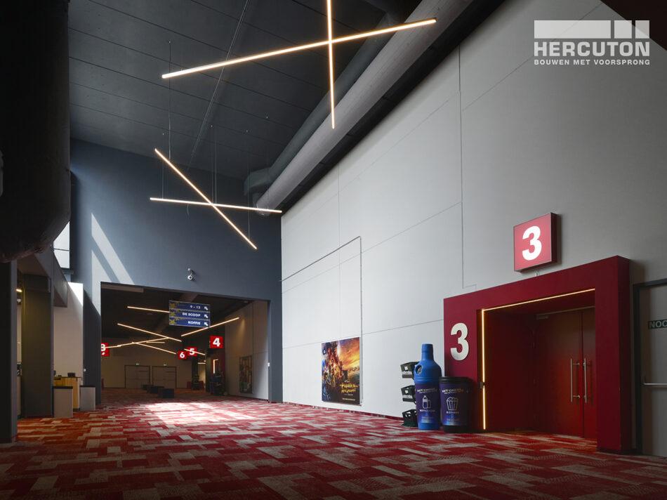 Nieuwbouw Euroscoop Cinema- & Leisurecomplex Amsterdam-Noord in aanbouw 7
