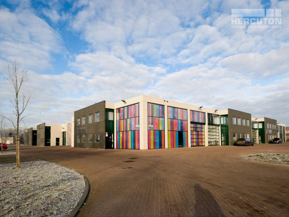 In Oosterhout heeft Hercuton maar liefst vier bedrijfsverzamelgebouwen gerealiseerd op bedrijventerrein Everdenberg.