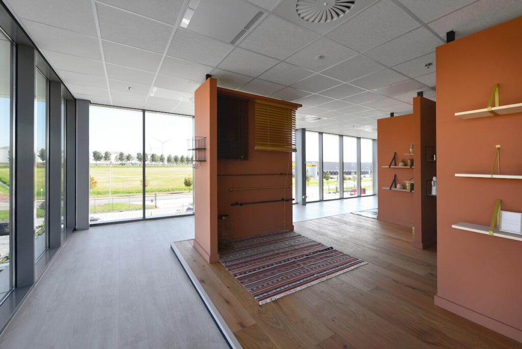 Bouwcombinatie Hercuton / Remco Ruimtebouw realiseerde turn-key een distributiecentrum van maar liefst 60.000 m2 voor Fetim Group. - interieur