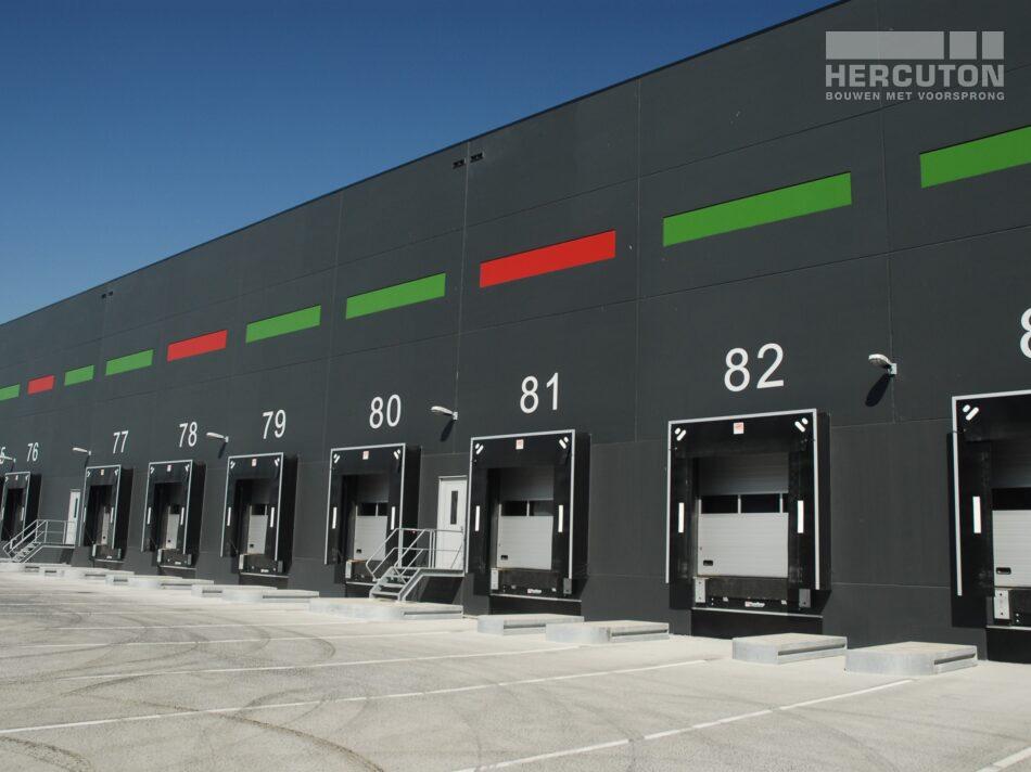 Hercuton realiseerde dit verpakkings- en distributiecentrum van maar liefst 59.000 m2 voor Greenpack.
