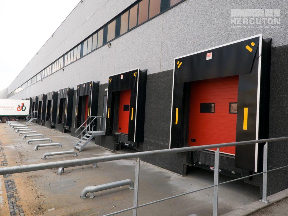 Nieuwbouw bedrijfspand Greentrans De Lier.