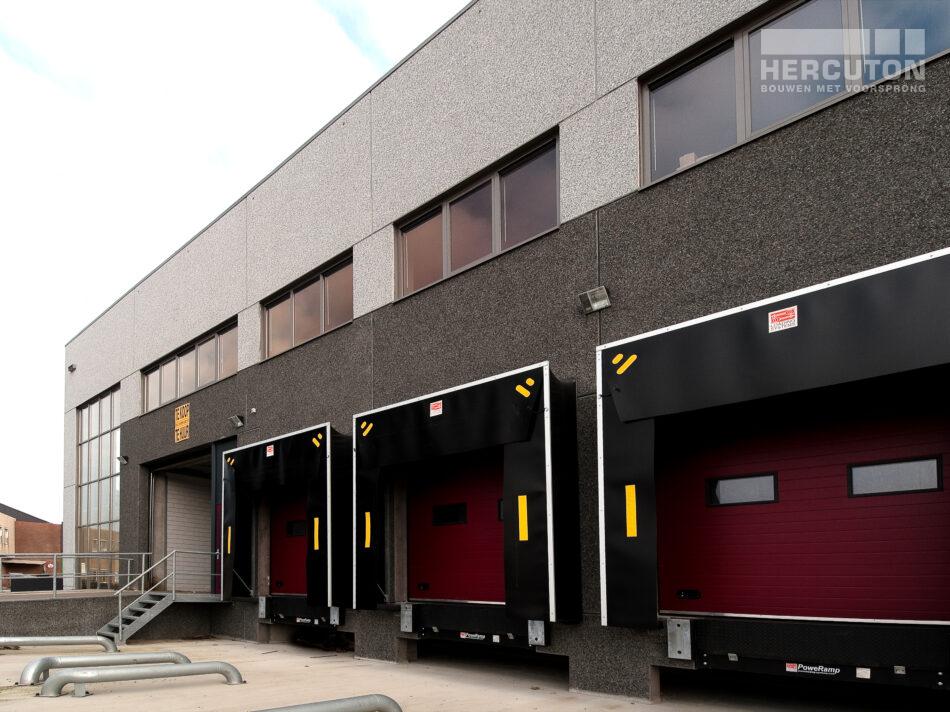 Bedrijfspand voor Hebo Trans in De Lier bij Rotterdam.