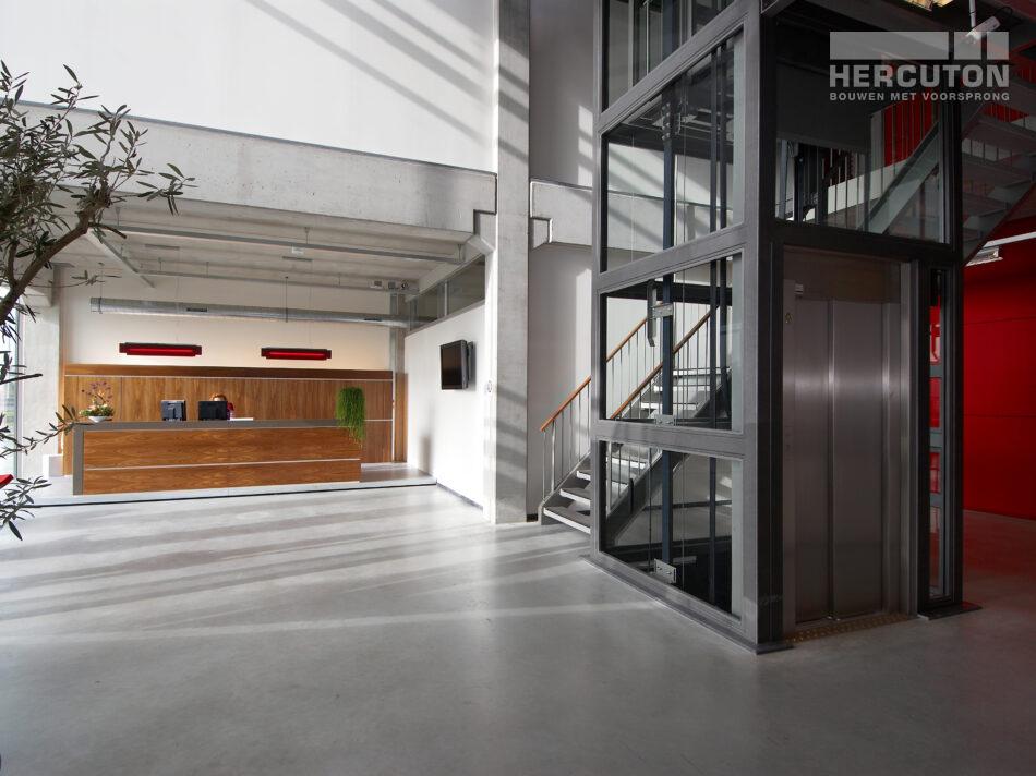 Kantoorpand met magazijnruimte Hercuton in Nieuwkuijk door Hercuton b.v.
