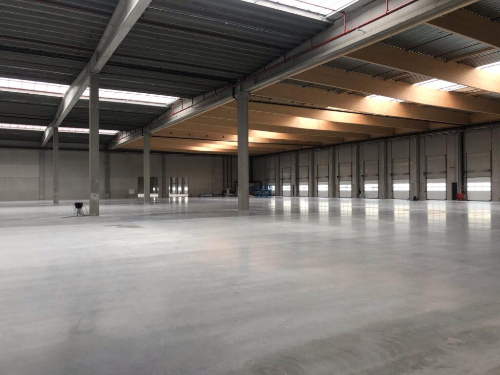 Nieuwbouw opslag- en distributiehal Inter-Sprint Zeehavenweg Moerdijk