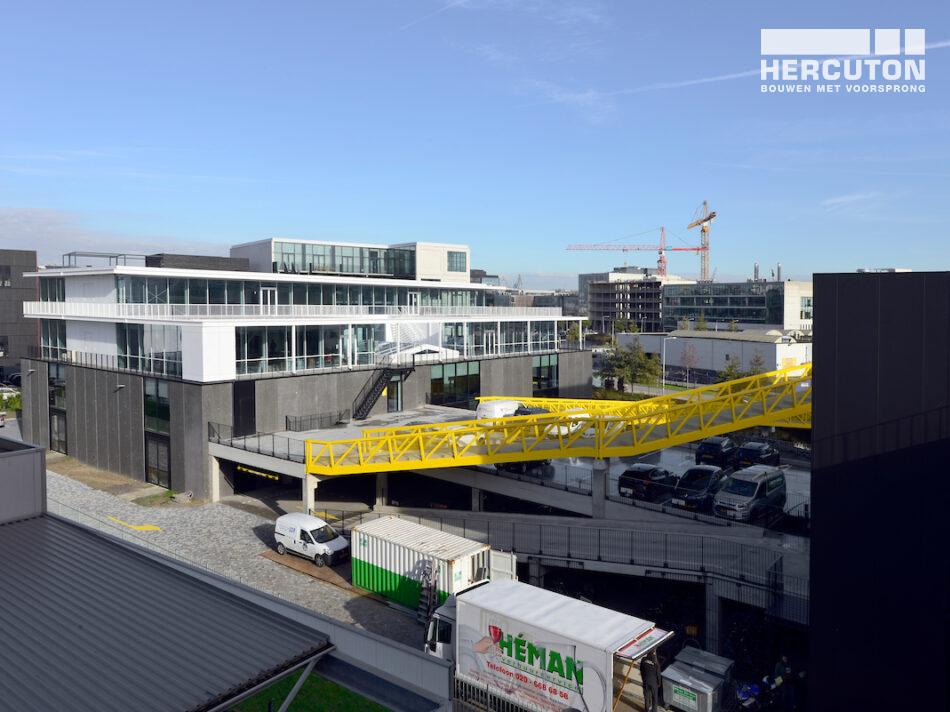 Het door Hercuton gerealiseerde Imagewharf bestaat uit drie grote panden: het Ontwerpgebouw, het Werkgebouw en het Studiogebouw.