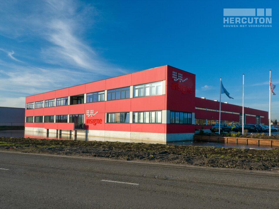 Hercuton heeft voor Insigne in Molenaarsgraaf een prachtige bedrijfsruimte met kantoor gerealiseerd.