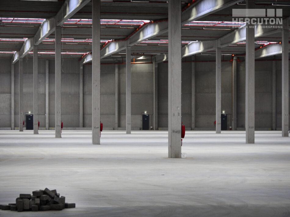 Inter-Sprint Moerdijk III, nieuwbouw van garage