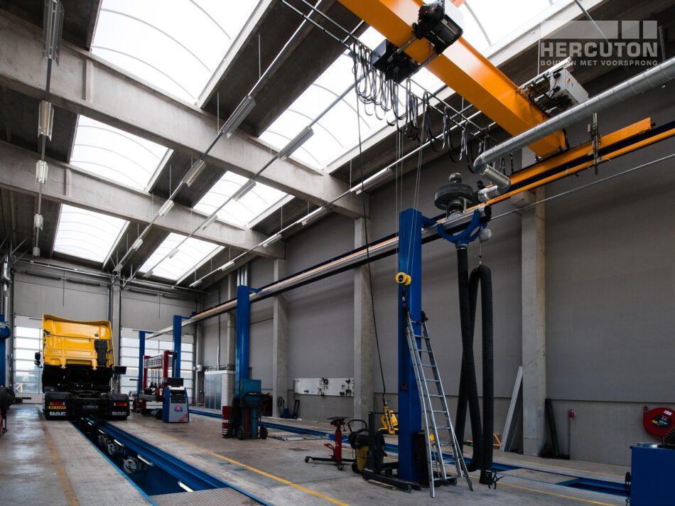Hercuton heeft in Moerdijk meerdere gebouwen gerealiseerd voor Inter-Sprint. Dit keer ging het om twee bedrijfsruimtes met kantoor. - werkplaats