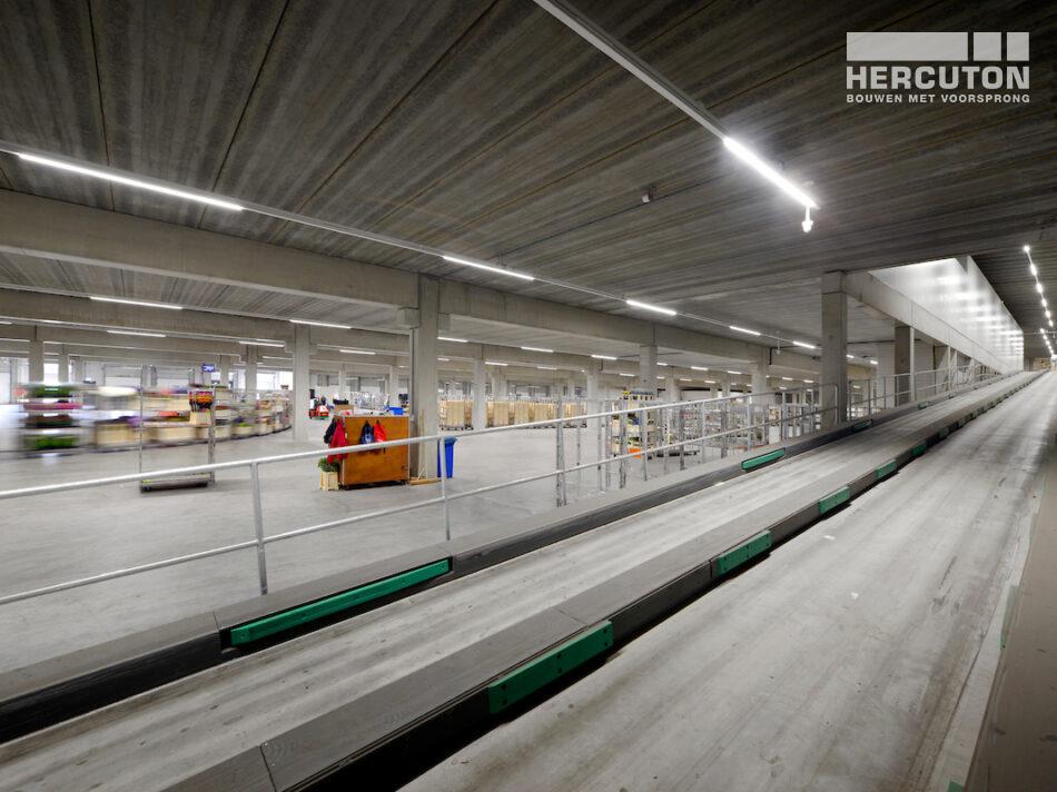 2-Laags distributiecentrum L&M Rijnsburg gebouwd door Hercuton