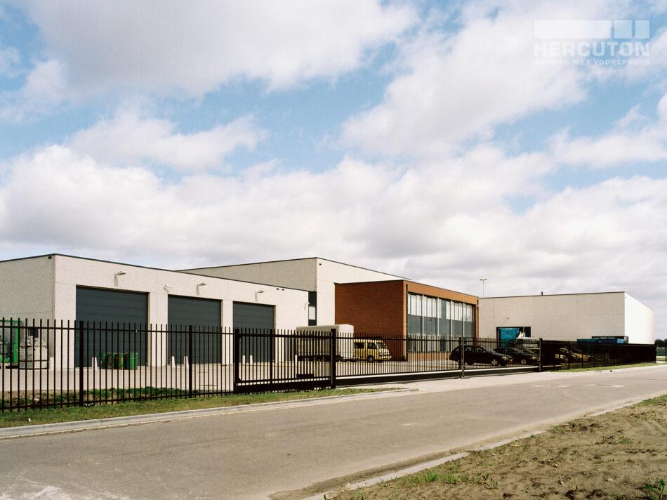 Hercuton realiseerde op Bedrijvenpark Het Hoog in Nieuwkuijk diverse bedrijfspanden voor Transportbedrijf & Logistics Gerard Lammers B.V.