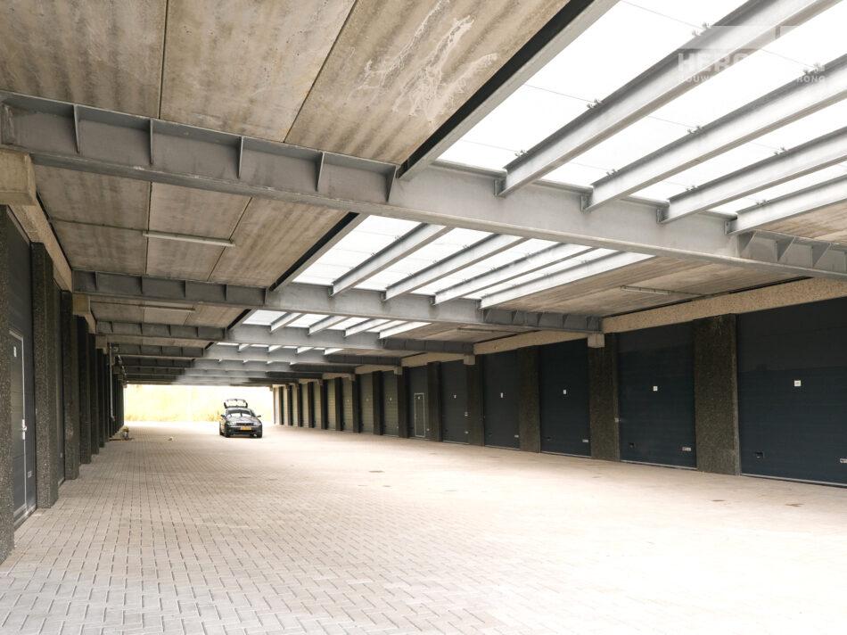 Newportland: bedrijfsverzamelgebouw (73 units)