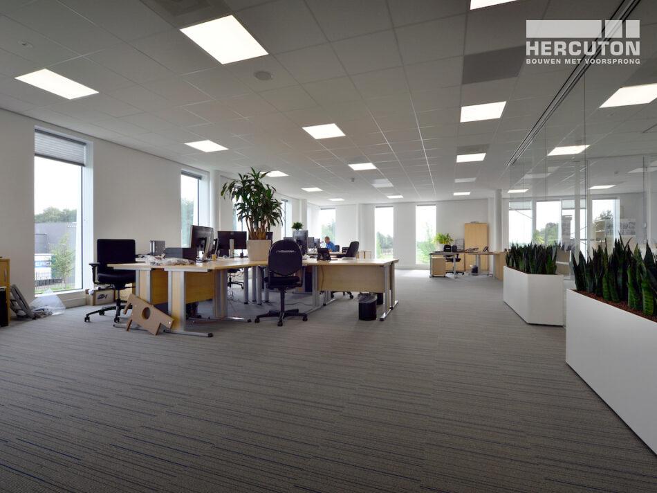 Kantoorruimte met bedrijfshal Berco Schijndel door Hercuton