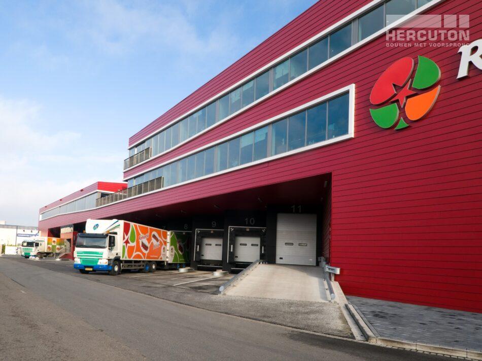 Het verpakkings- en distributiecentrum Red Star Trading is verdeeld over twee lagen - zijaanzicht