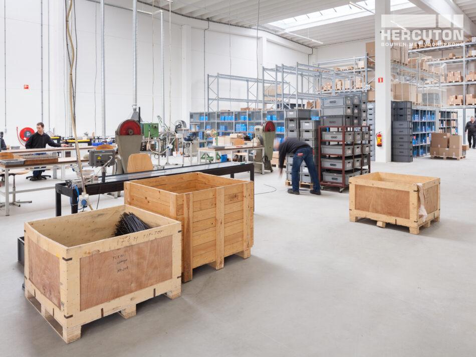 Nieuwbouw turn-key productie- en opslagruimte met kantoor Elvedes Cable Systems, Nieuwkuijk gebouwd door Hercuton b.v.