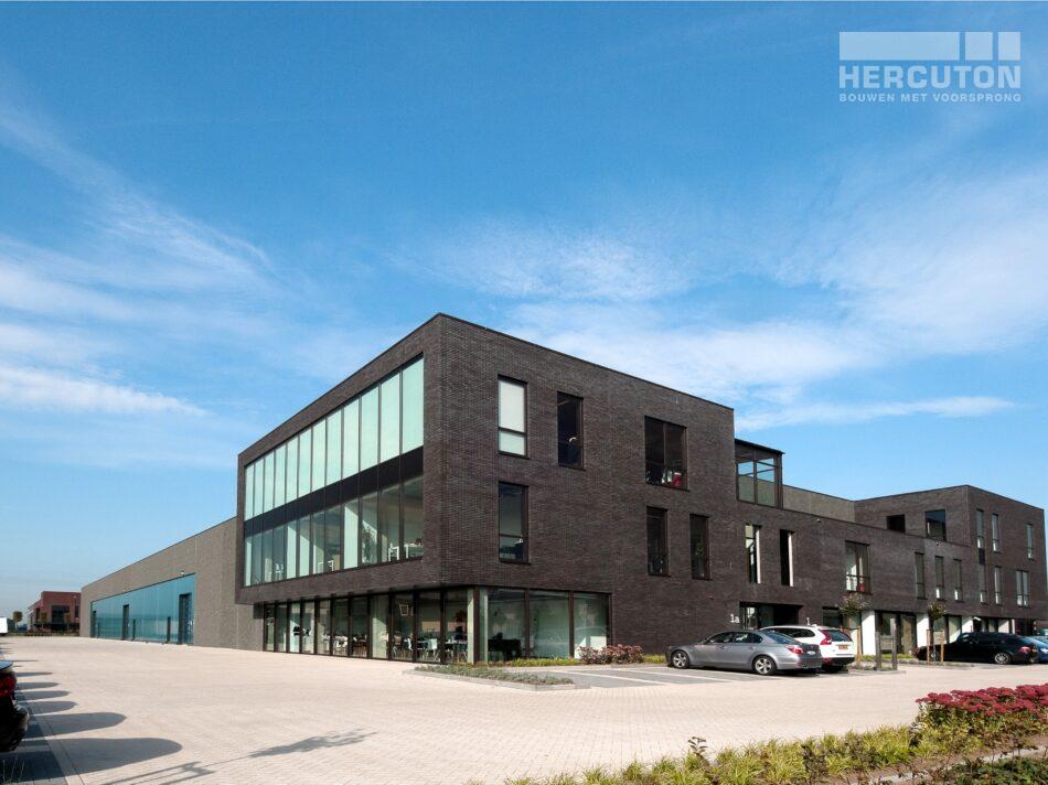 Nieuwbouw loft kantoor met bedrijfsruimte Swalu Vastgoed.