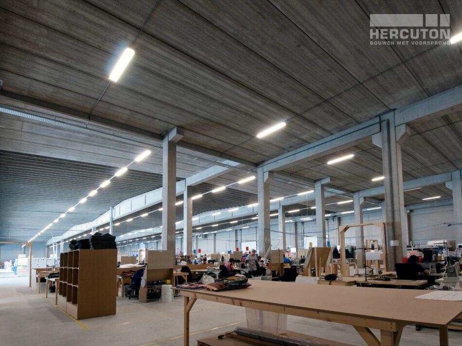 Nieuwbouw loft kantoor met bedrijfsruimte Swalu Vastgoed. - loft kantoor