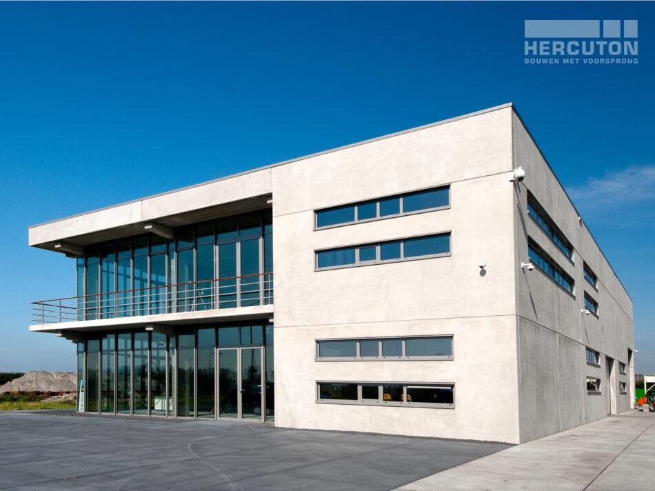Het industriële loft dat Hercuton b.v. zelf heeft ontworpen staat in Heiloo.