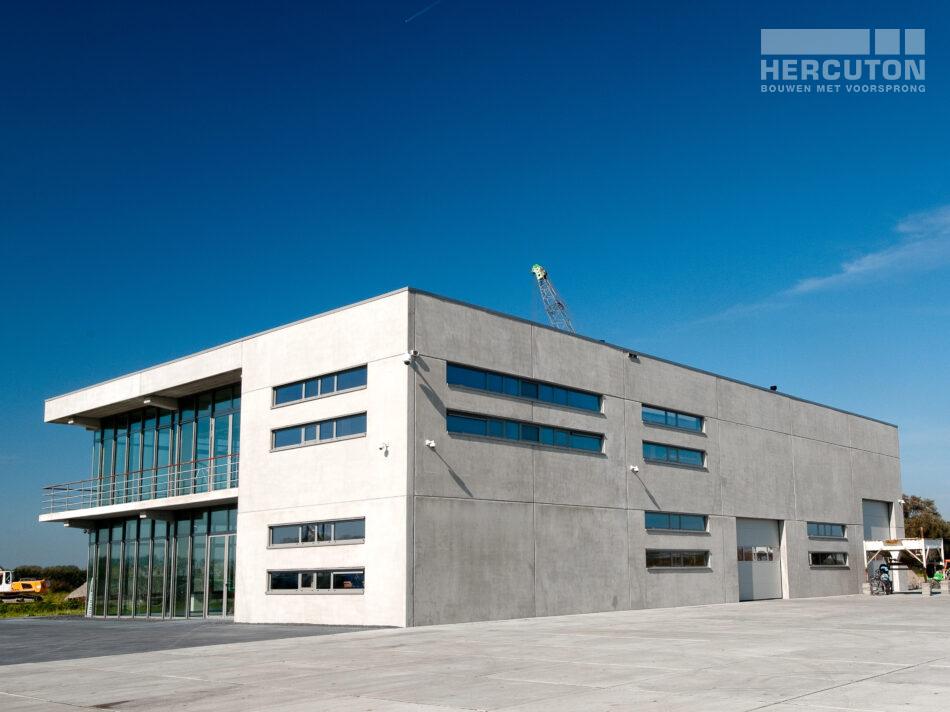 Hier ziet u de buitenkant van de loft die Hercuton b.v. speciaal heeft gebouwd in Heiloo.
