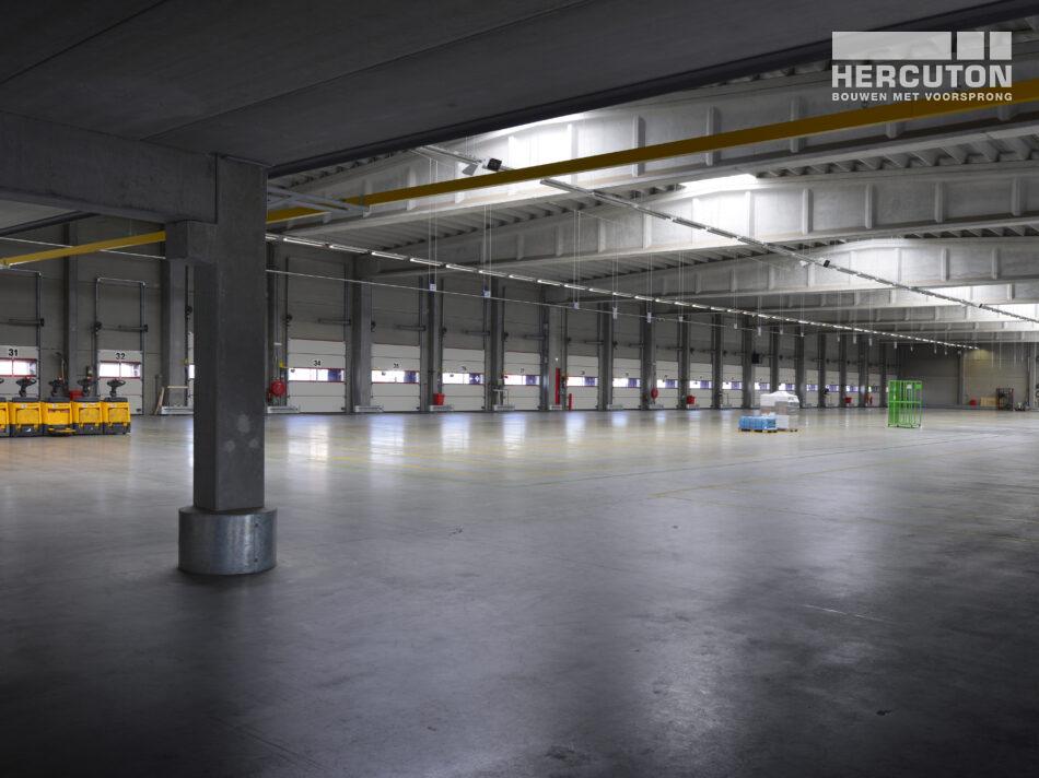 Nieuw logistiek centrum voor Tielbeke Logistiek in Lemelerveld gerealiseerd door Hercuton