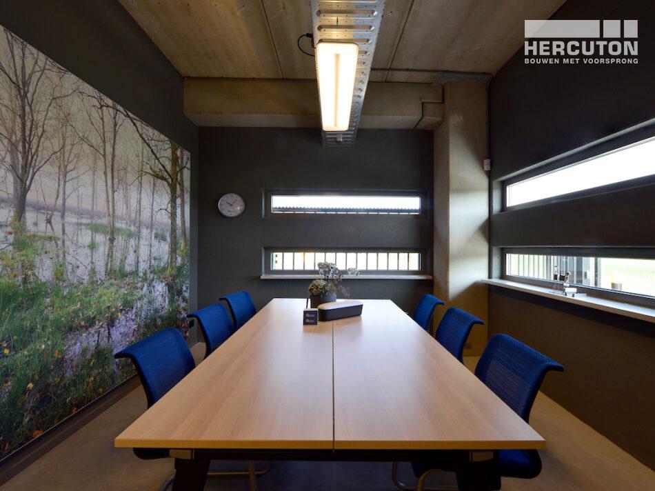 Nieuwbouw bedrijfspand Vriend Coevorden gerealiseerd door Hercuton