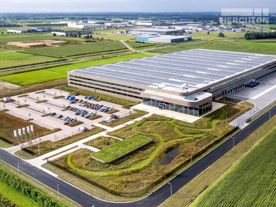 Nieuwbouw distributiecentrum Wehkamp Zwolle - luchtfoto