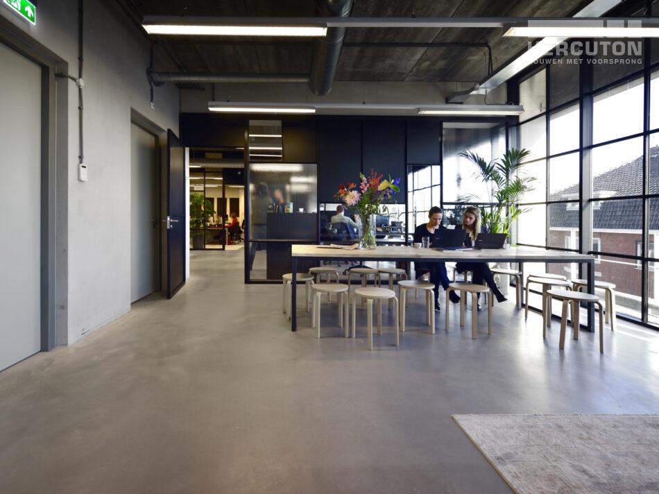 Nieuwbouw loftkantoor X2, Amsterdam door Hercuton b.v.