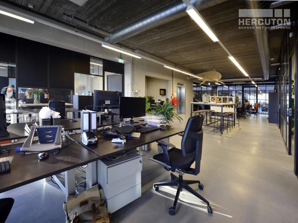 Nieuwbouw loftkantoor X2, Amsterdam door Hercuton b.v. uit Nieuwkuijk