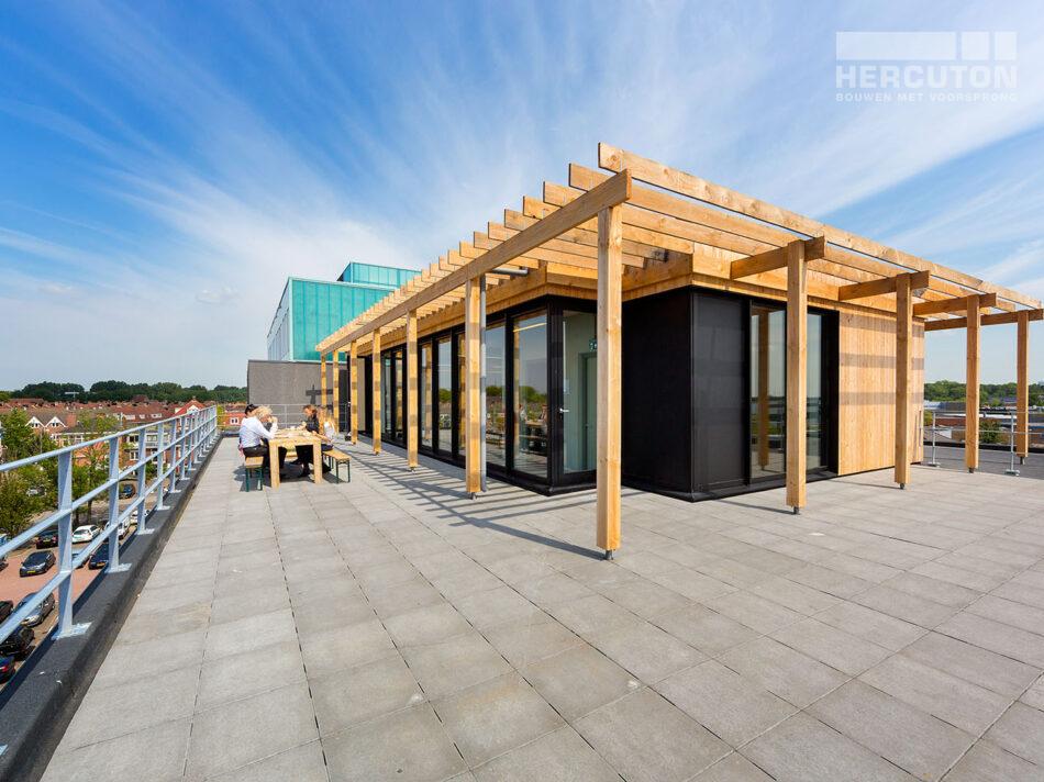 Trappenhuis loft kantoor Xite Amsterdam - dakterras