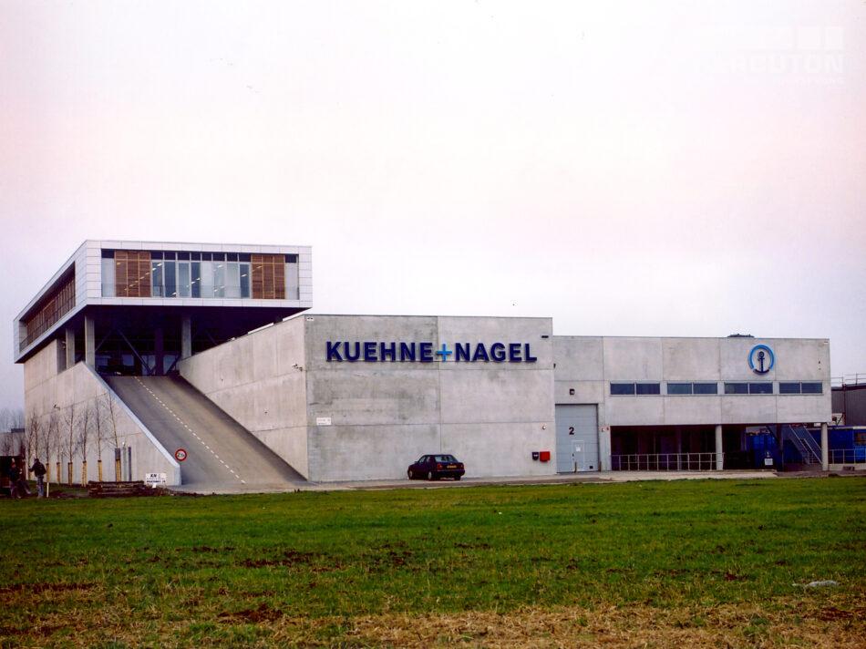Kuehne en Nagel nieuwbouw logisitiek centrum gebouwd door Hercuton b.v.