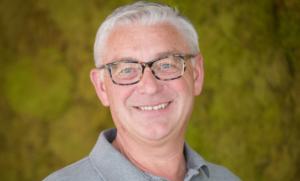 Magazijnchef Toine van Leer
